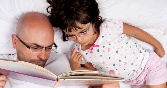 Pourquoi l'histoire du soir est importante pour l'enfant ?